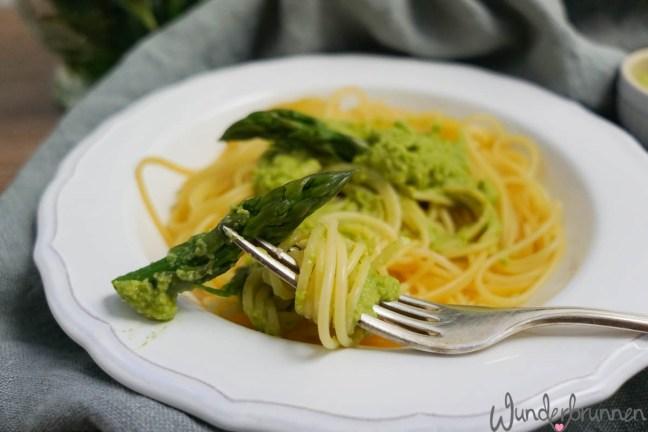 Spargelspitze und Pesto - Wunderbrunnen - Foodblog - Fotografie