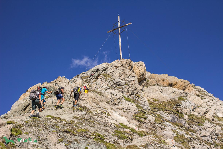 Gleich am Gipfel des Vorderen Sajatkopf