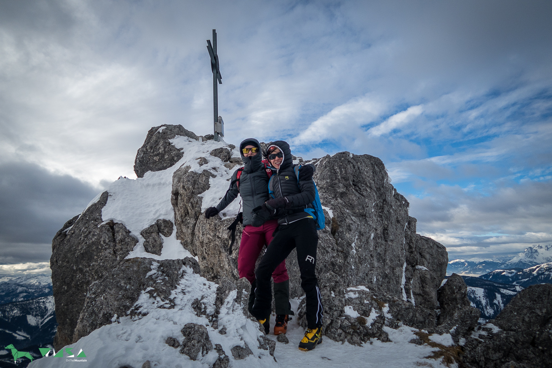 Girls am Gipfel der Kamplbrunnspitze.