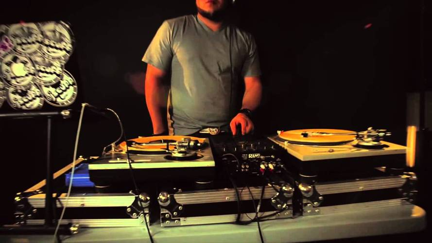 DJ Scuff – La Ronda Vol.1 NYC Video Oficial