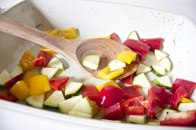 courgette, peppers, chopped, up., gluten free recipe, uk, blog, easy, roasting dish