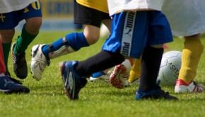 kids_running_legs_playing