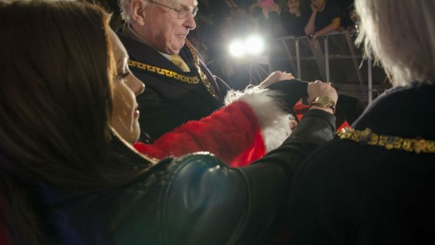 The Mayor Mike Heap & Kasey turning on the lights.