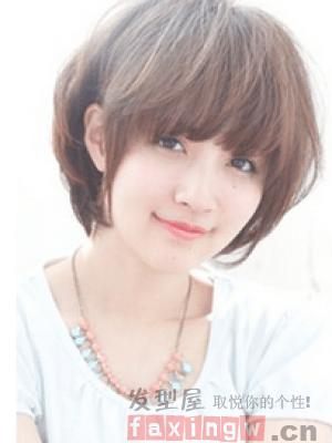 方臉女生適合短髮型 選對髮型修顏美膩_髮型設計_2020髮型網