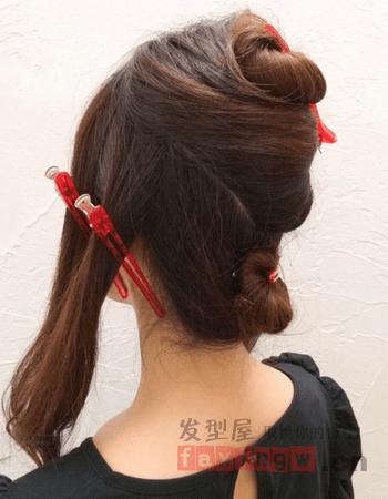 韓式低髮髻盤發教程打造優雅端莊_髮型設計_2021髮型網