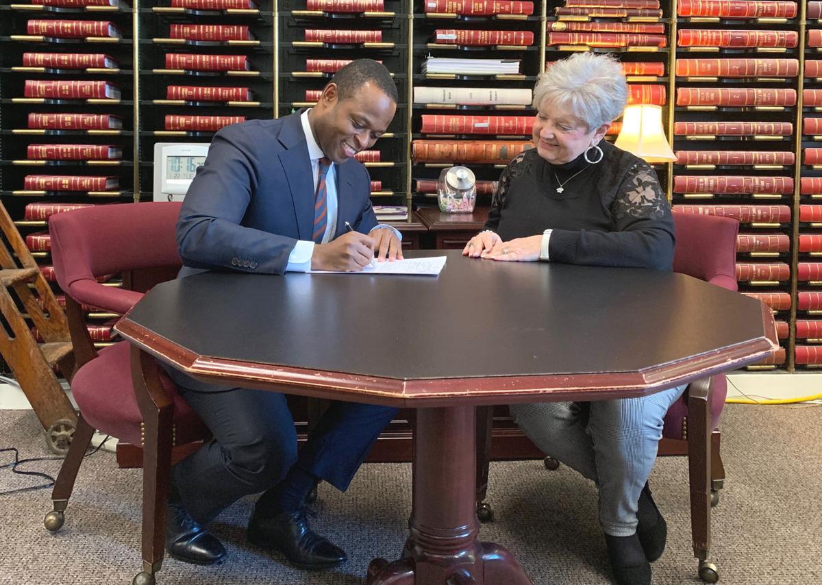 Elizabethtown Man Files For State Attorney General