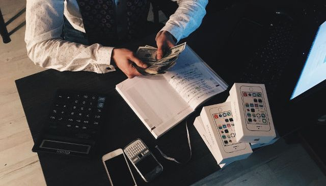 Make east money