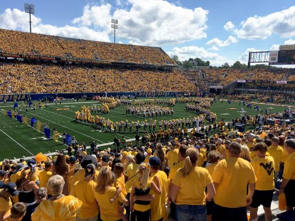 Mountaineer Fans Kick Off National Tailgating Day