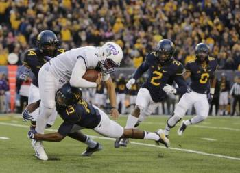 Mountaineers Squash the Horned Frogs