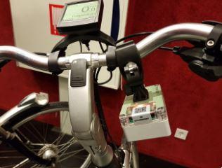 Tien Zwolse fietsers fietsen de komende tijd met een sensor op de Snuffelfiets en meten het fijnstof