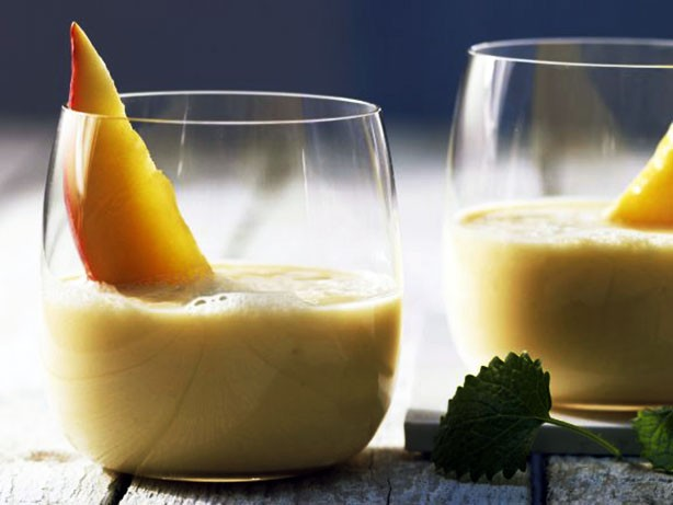 Weight Watchers Mango Banana Drink recipe