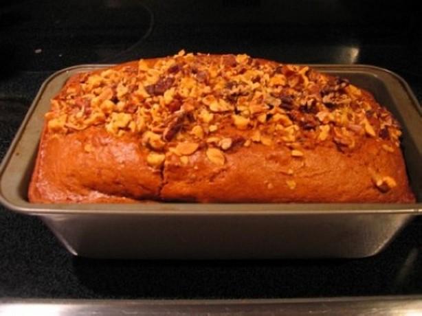 Weight Watchers Apple-Spiked Pumpkin Bread Recipe • WW Recipes