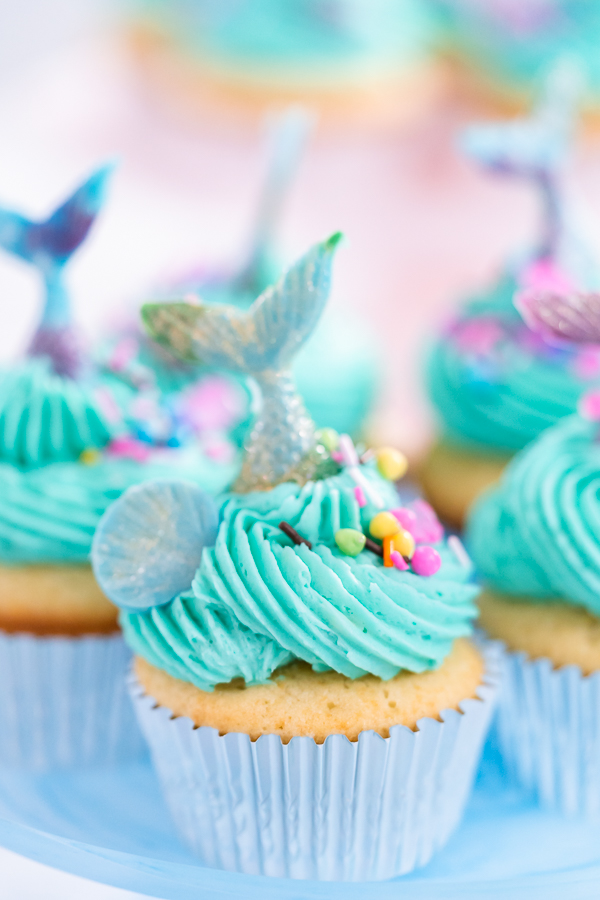 Vanilla Mermaid Cupcakes