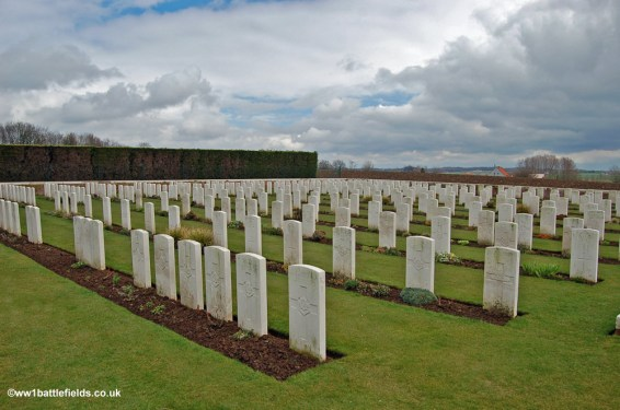 Lindenhoek Chalet Military Cemetery