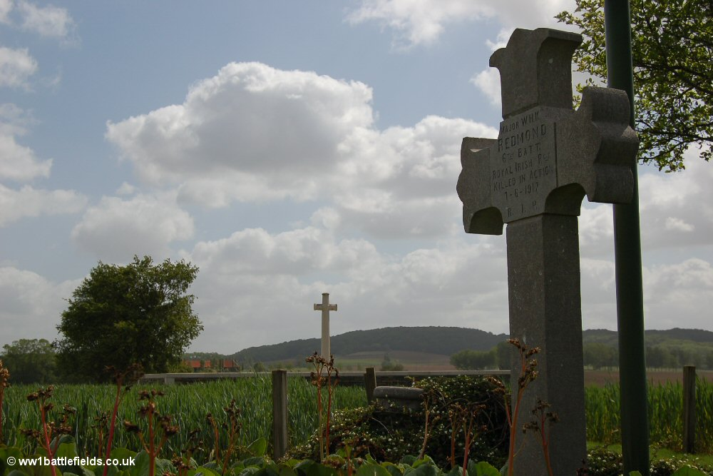 Major Redmond's grave - just outside Locre Hospice Cemetery