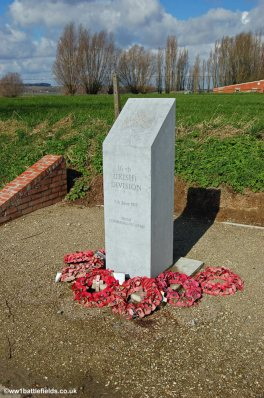 Memorial to 16th Irish Division