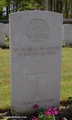 An unknown Australian soldier's grave