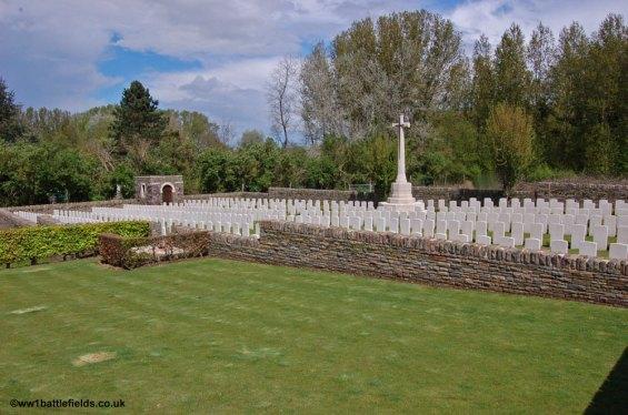 Level Crossing Cemetery