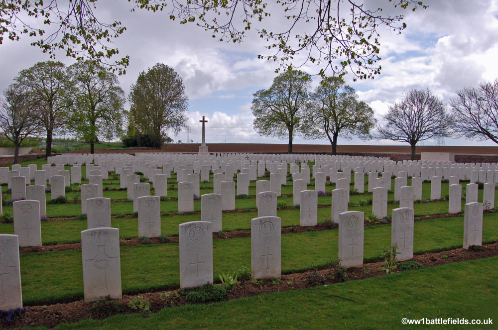 Point du Jour Military Cemetery
