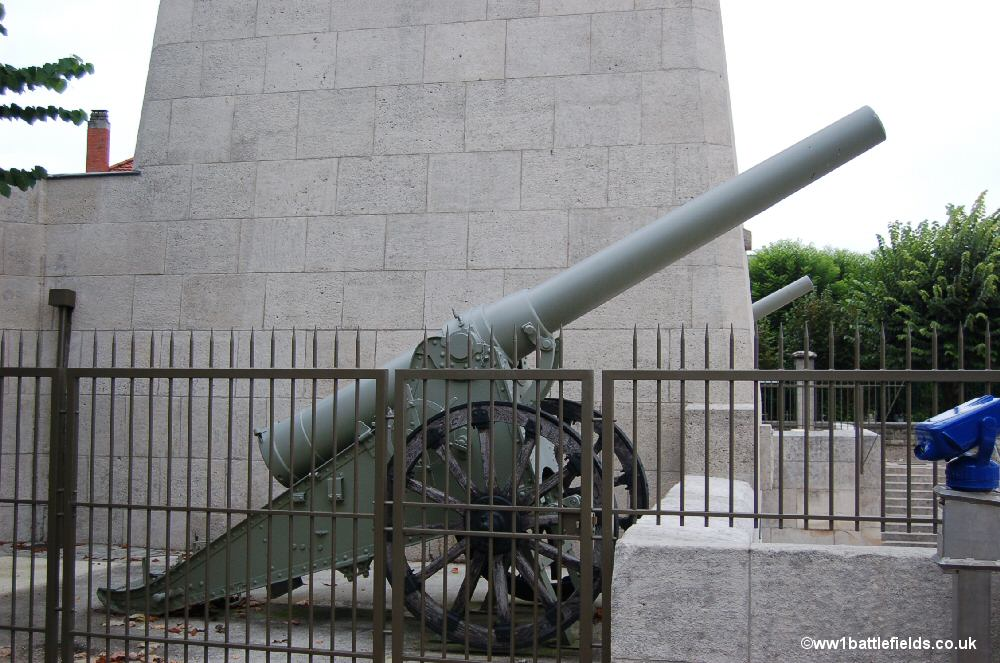 One of the field guns at the Victory Monument, Verdun