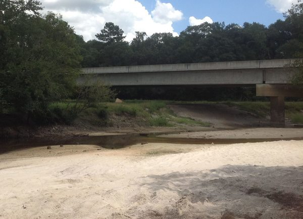 600x433 At present, the river is just a trickle as it passes under the bridge., in GA 135 Alapaha River access, by Bret Wagenhorst, for WWALS.net, 14 September 2014