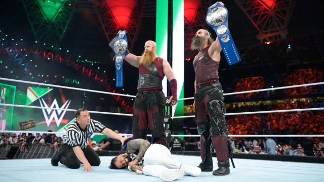 The Bludgeon Brothers level The Usos and retain the SmackDown Tag Team Titles.