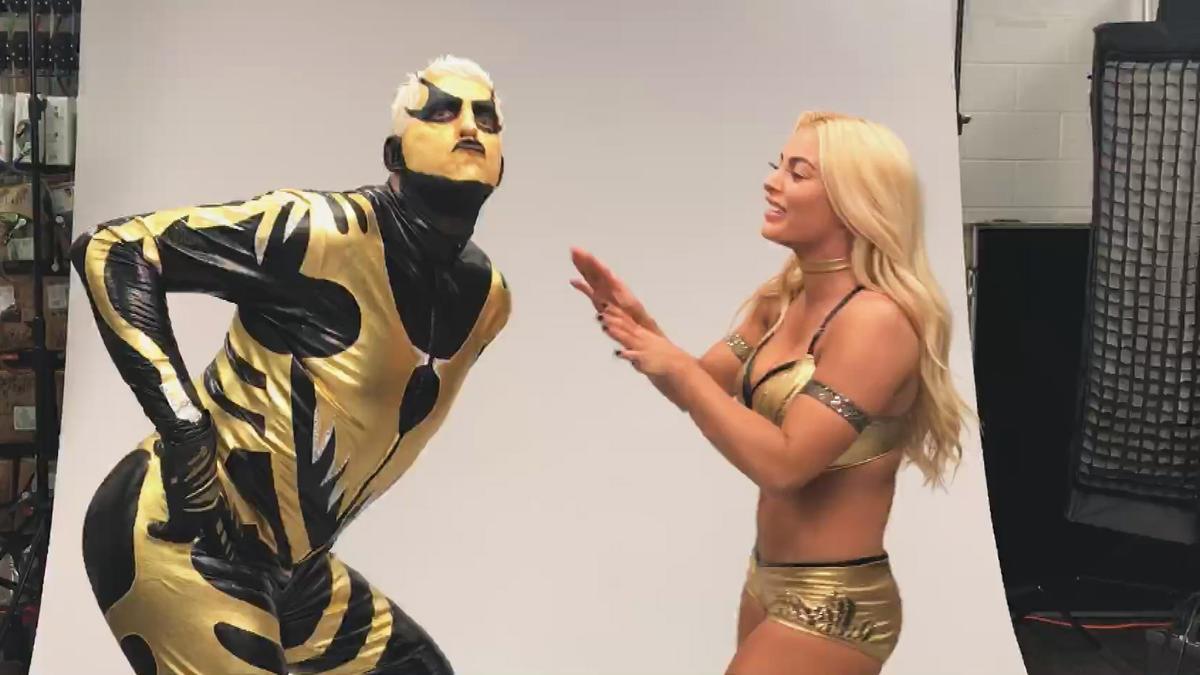 Goldust Amp Mandy Rose Goof Around In WWE Mixed Match