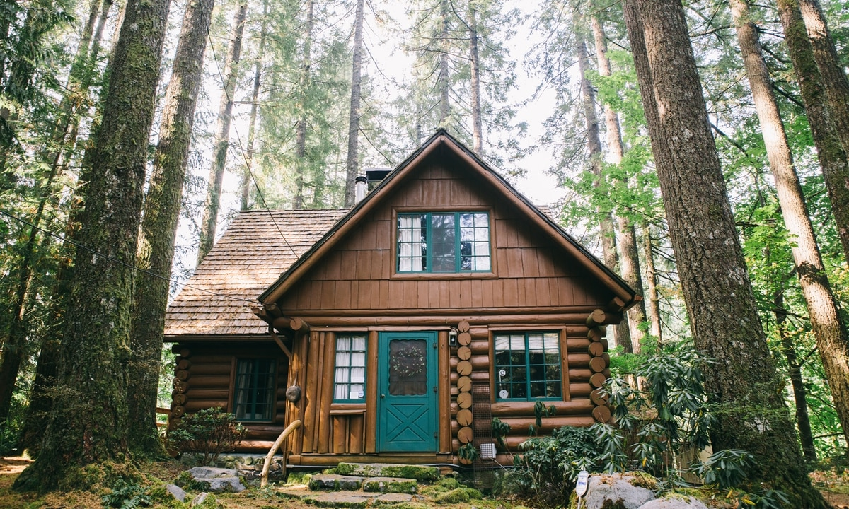Mount Hoods Steiner Cabins Are One of Oregons Great