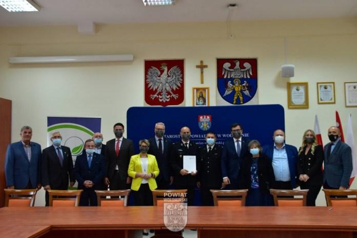 Blisko 270 tys. złotych z Wojewódzkiego Funduszu Ochrony Środowiska i Gospodarki Wodnej w Warszawie dla jednostek OSP oraz gmin z powiatu wołomińskiego