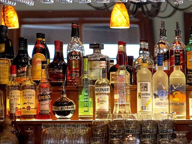 alcohol bar_158974