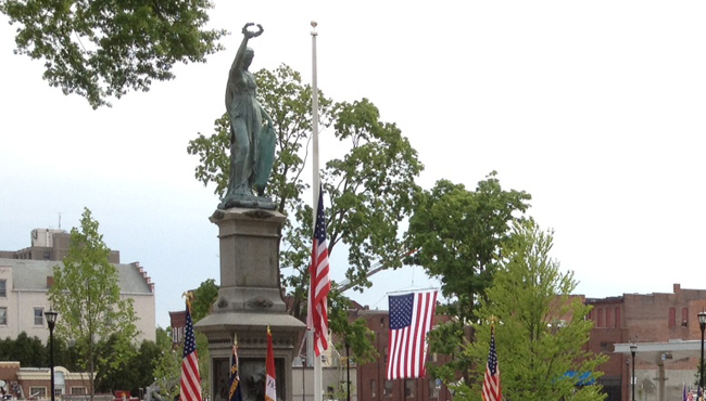 holyoke veterans memorial_203146