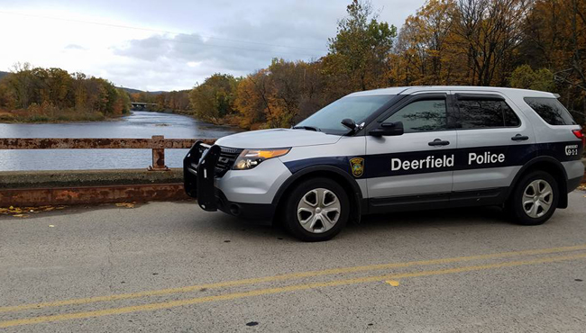 stillwater-bridge-deerfield-police_506956