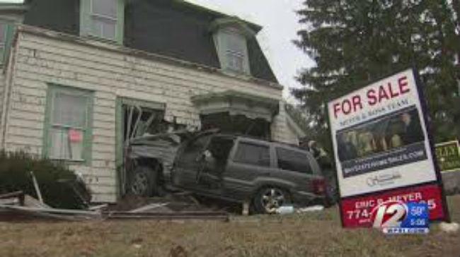jeep crashes (WPRI)_1522512323016.jpg.jpg
