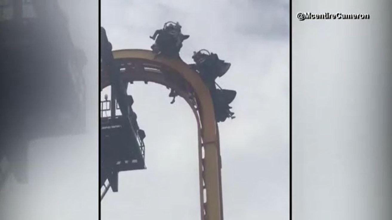 Batman roller coaster leaves riders dangling at Six Flags Texas