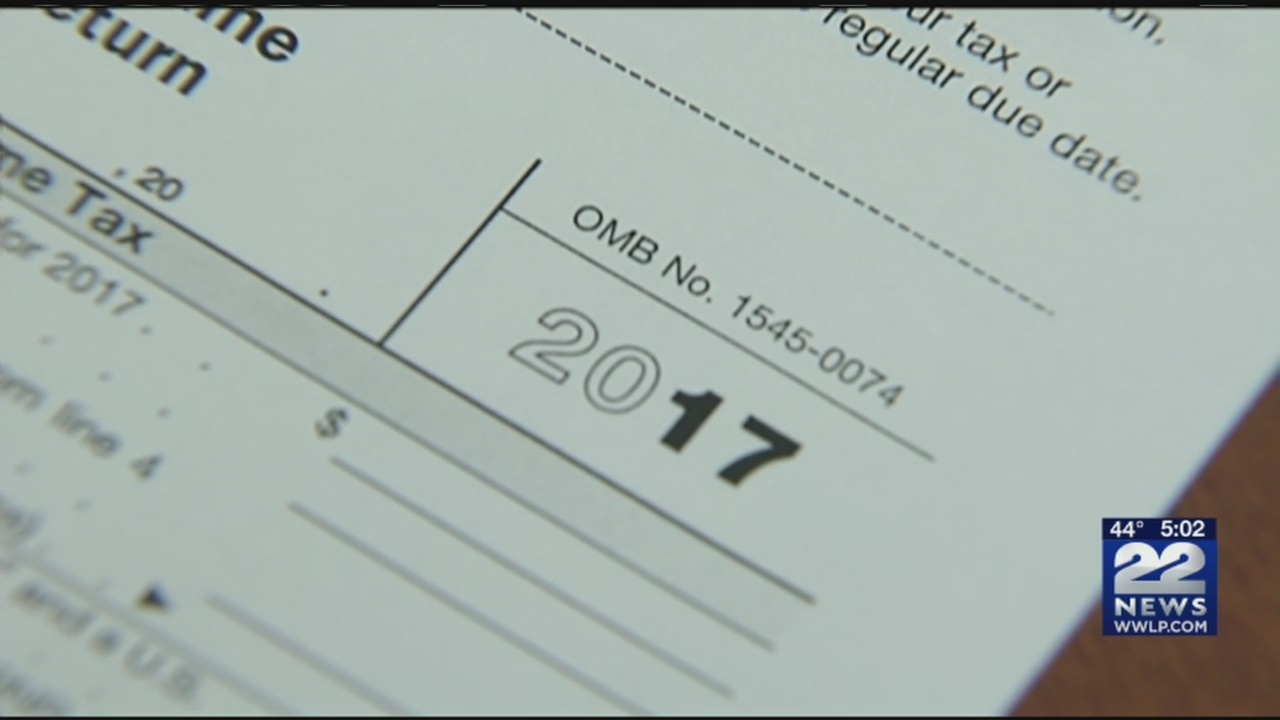 Deadline to file taxes nears
