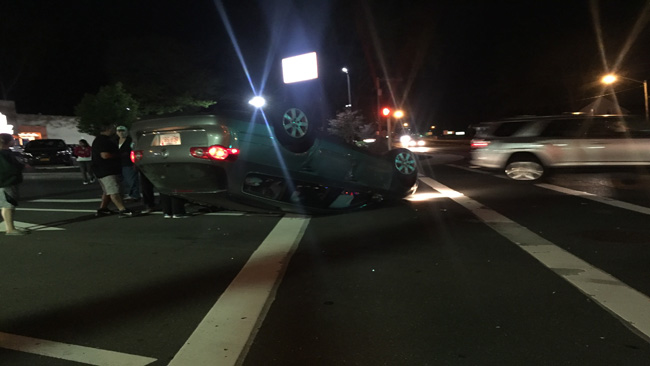 Minor injuries reported after rollover accident in West