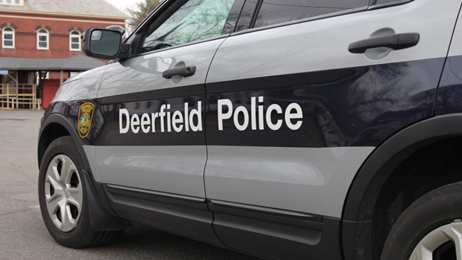 Deerfield_Police_Vehicle2_1526918103692.jpg