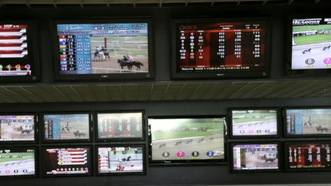 Sports_Betting_00211_44774302_ver1_1533250966054.jpg