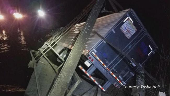 bridge truck_1548953817716.jpg.jpg
