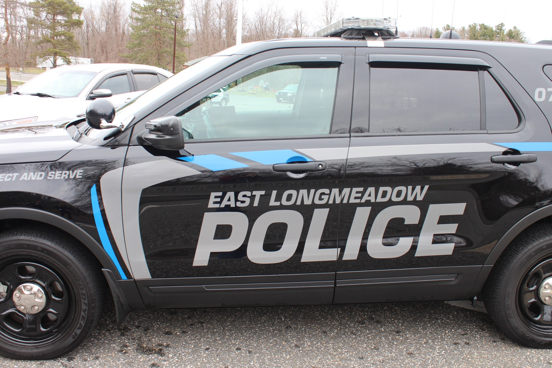 East_Longmeadow_Police_Vehicle2_1551691486524.JPG