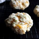 Copycat Recipe for Red Lobster's Cheddar Bay Biscuits | Super Easy | Bisquick | Cheddar Garlic Biscuits | Snacks | Dinner Rolls | From Scratch