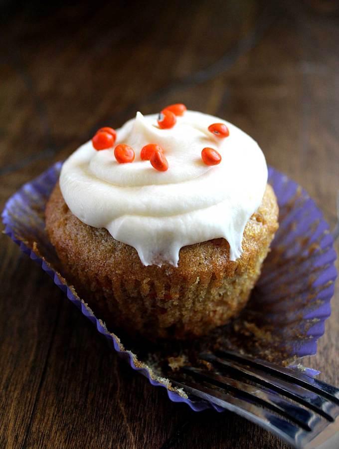 Carrot Cupcakes | Cream Cheese Frosting | Zucchini & Pineapple | Best Recipe | Vegetarian
