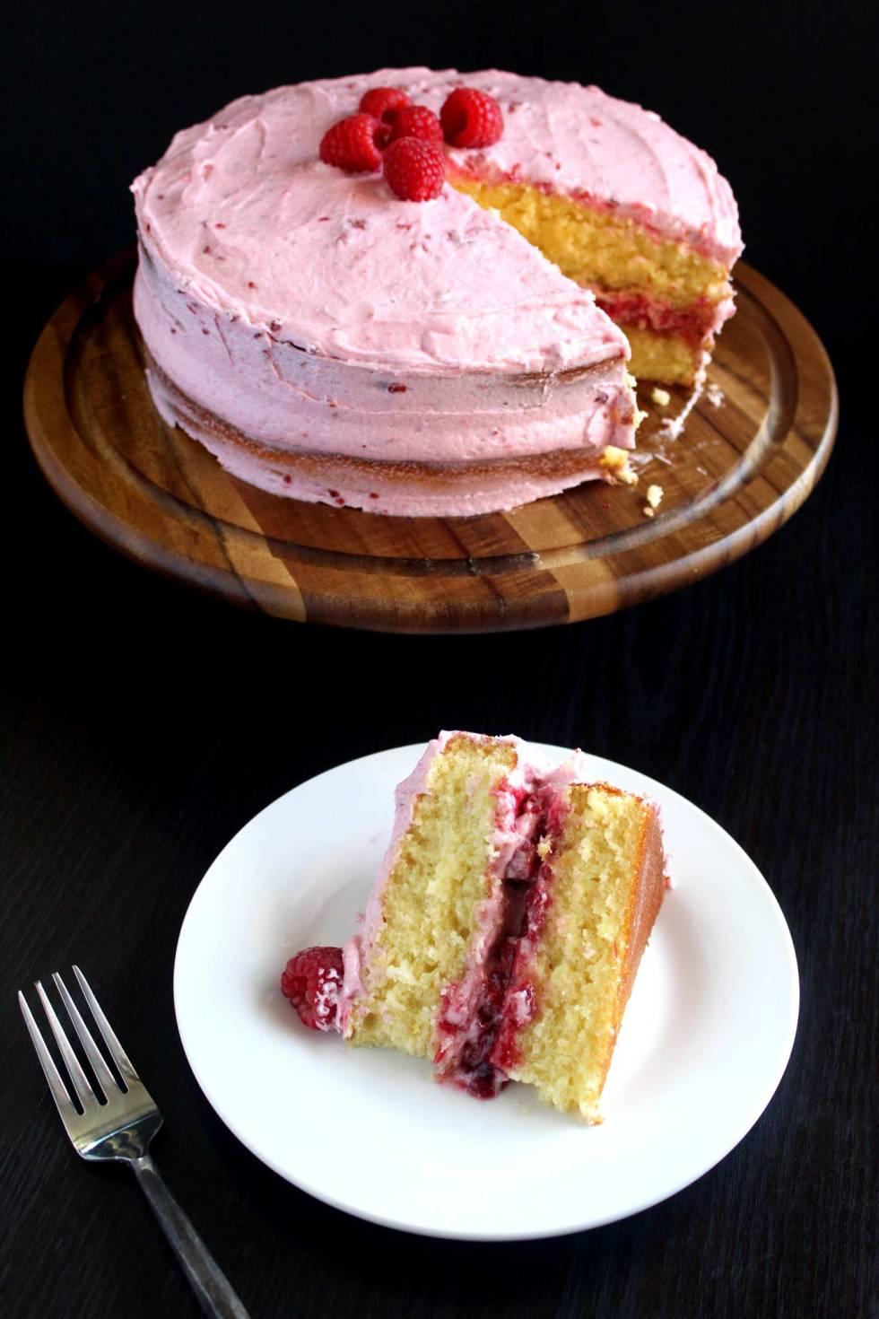 Lemon Raspberry Cake & Lemon Cake with Raspberry Filling & Raspberry Buttercream