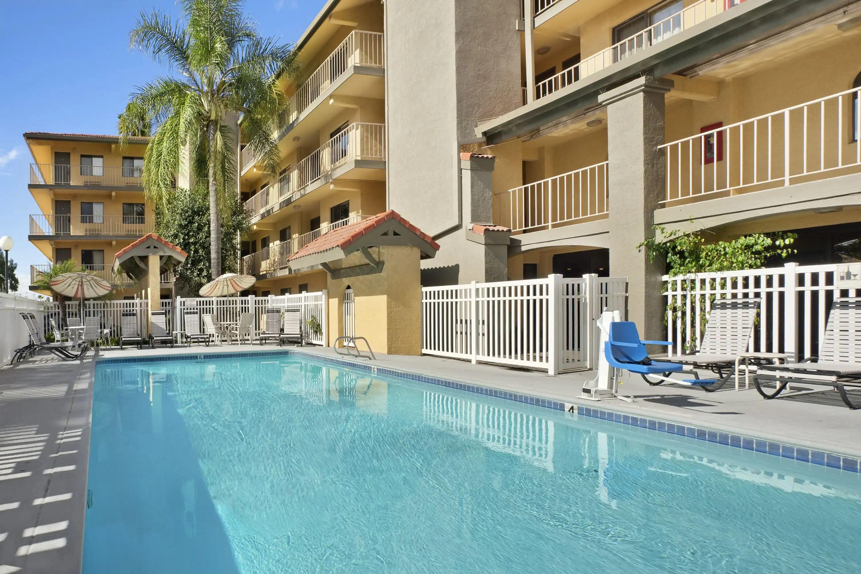 Days Inn Wyndham Buena Park Ca Hotels