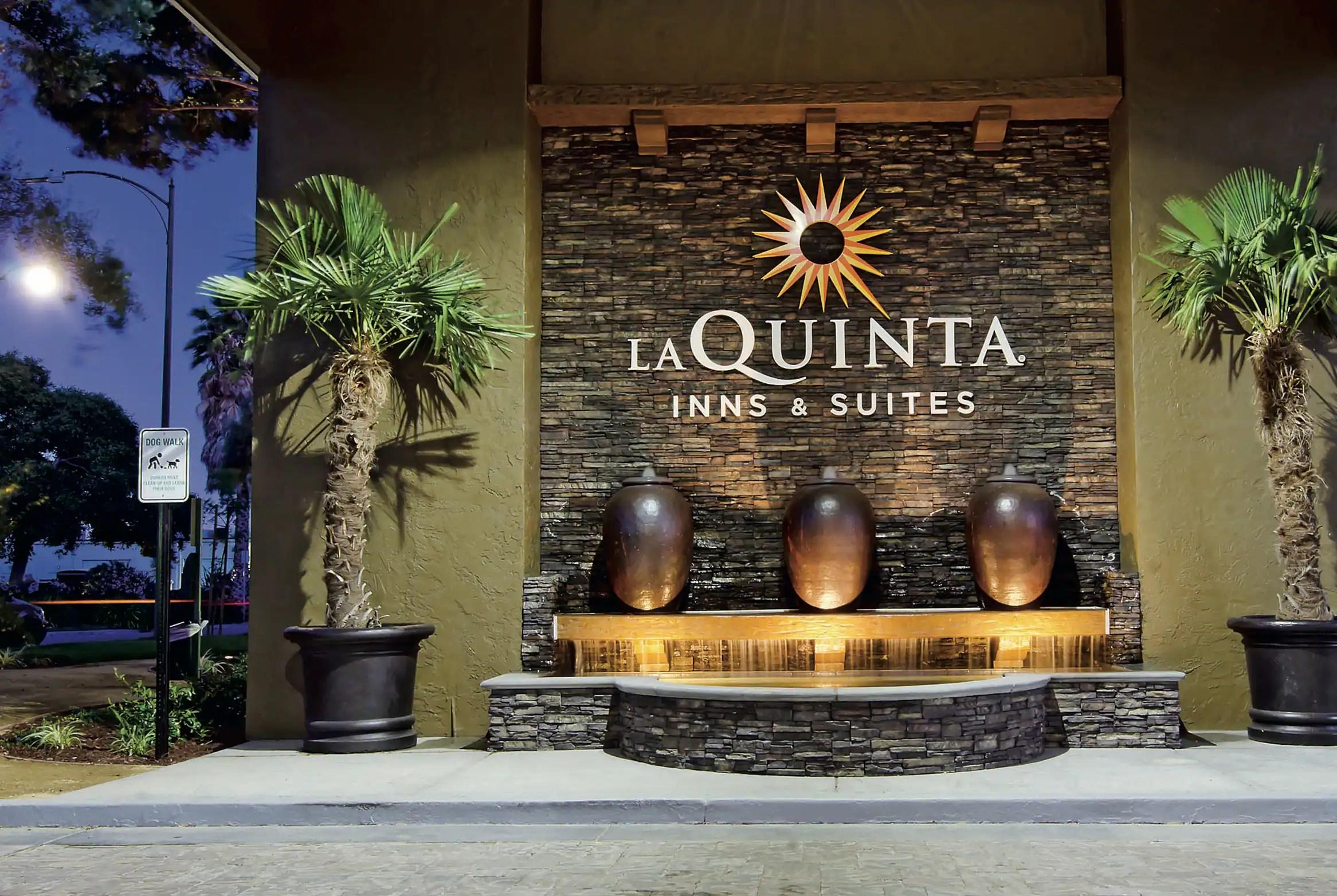 La Quinta Inn Suites By Wyndham San Jose Airport San