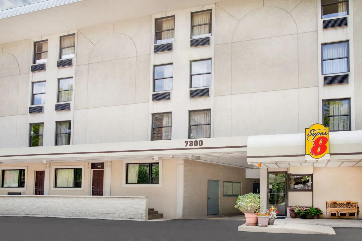 Chicago motels