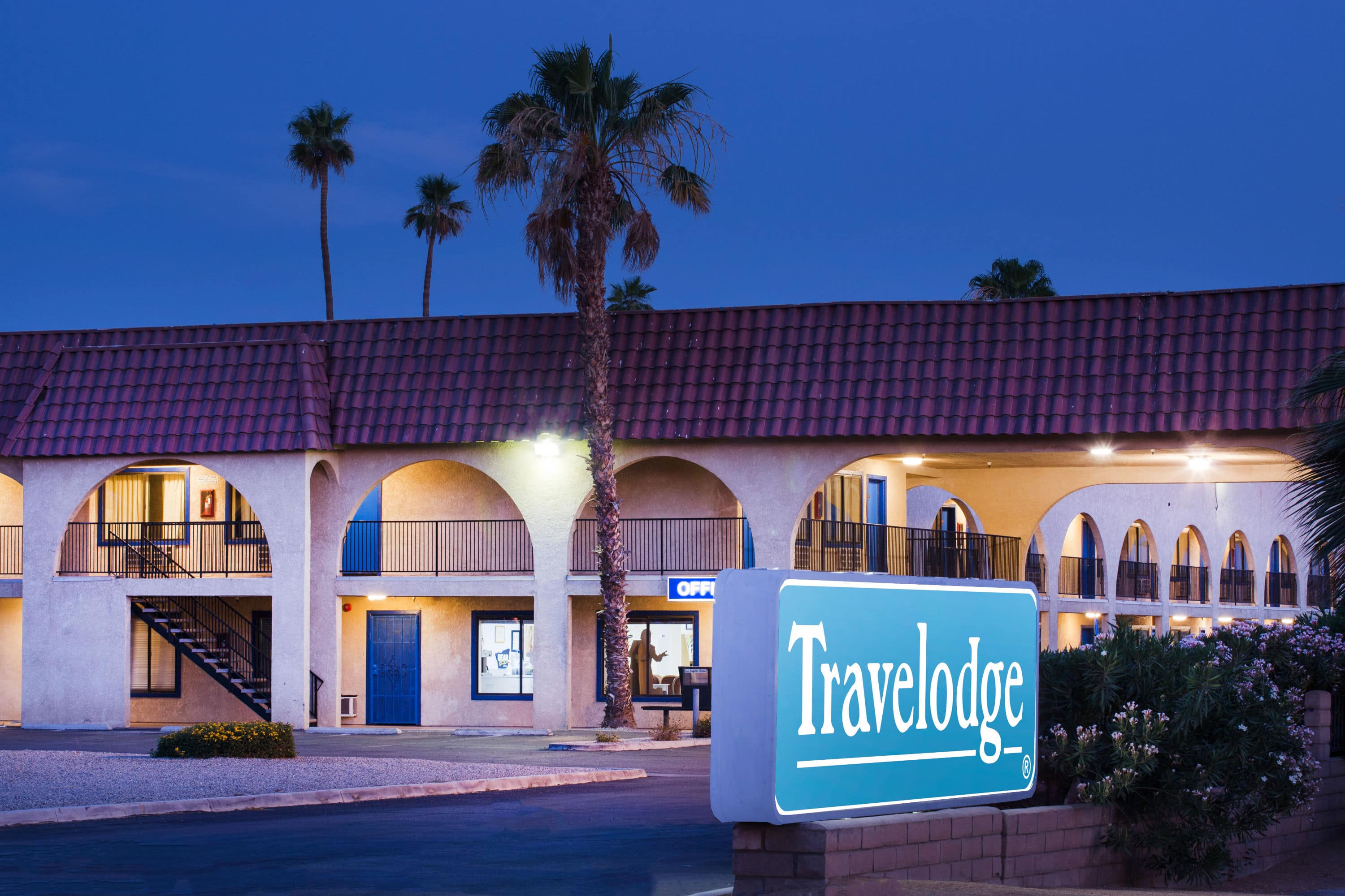 Travelodge By Wyndham Indio Indio Ca Hotels
