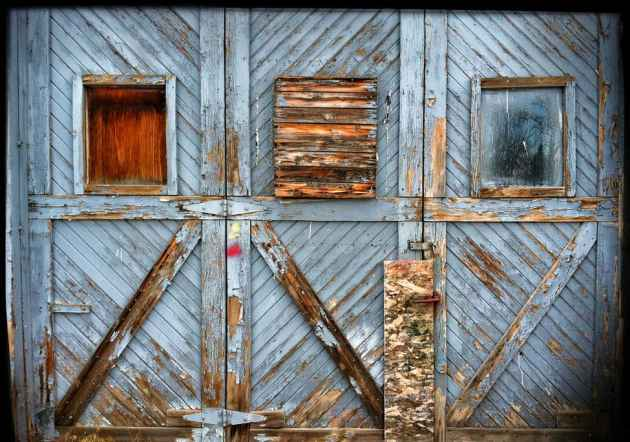 Abandoned alley doors in Powell, Wyoming