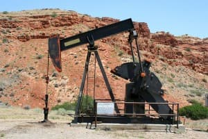 Senate bill to increase oil and gas bond gains initial approval
