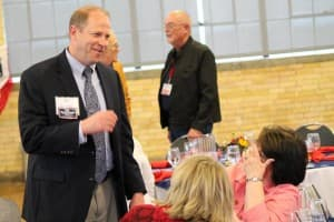 Ed Buchanan speaks with delegates at the Wyoming Republican Convention. (Courtesy Ed Buchanan — click to enlarge)